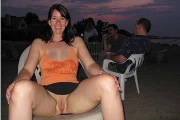 Show me you pussy honey!